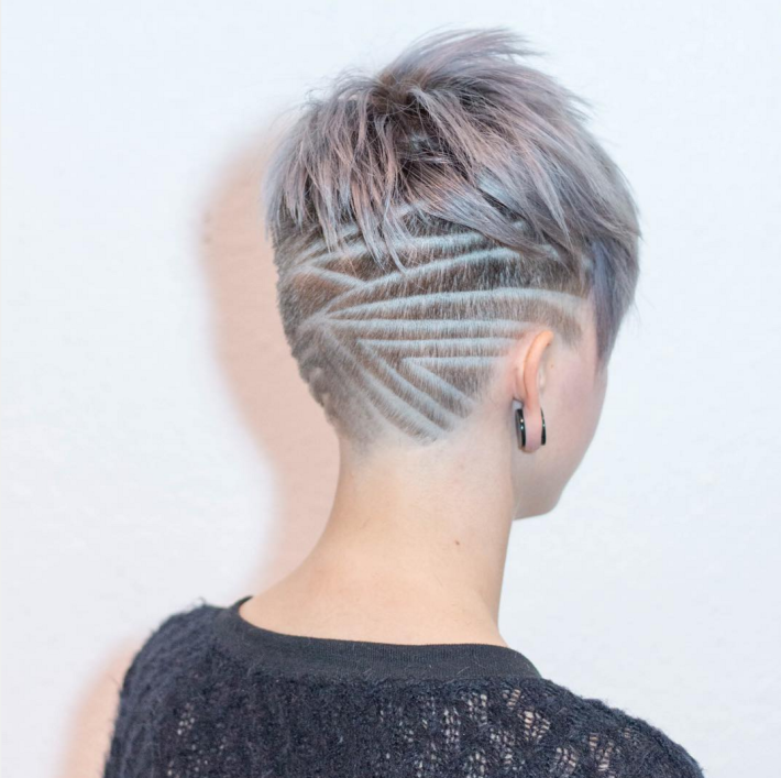 Short hairstyle for blonde with shaved pattern on the back