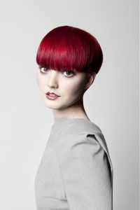 Pixie looking hairstyle for red haired women
