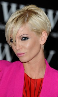 Short, sexy hairstyle for blonde women