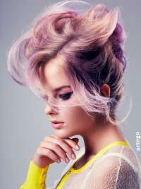 Messy looking hairstyle for light pink hair