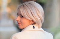 elegant, short, blonde hairstyle