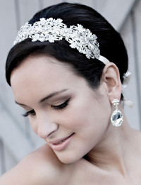 Short, cute hairstyle for wedding with headband