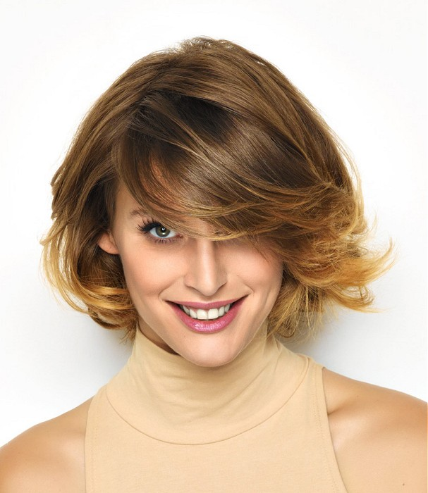 Short,messy looking, layered, blonde hairstyle