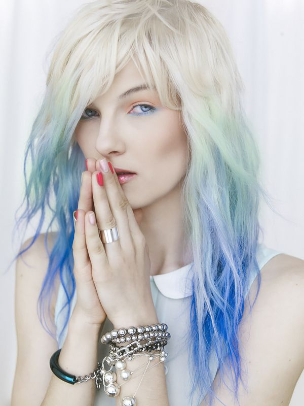 Long, wavy, blonde hairstyle with blue ombre