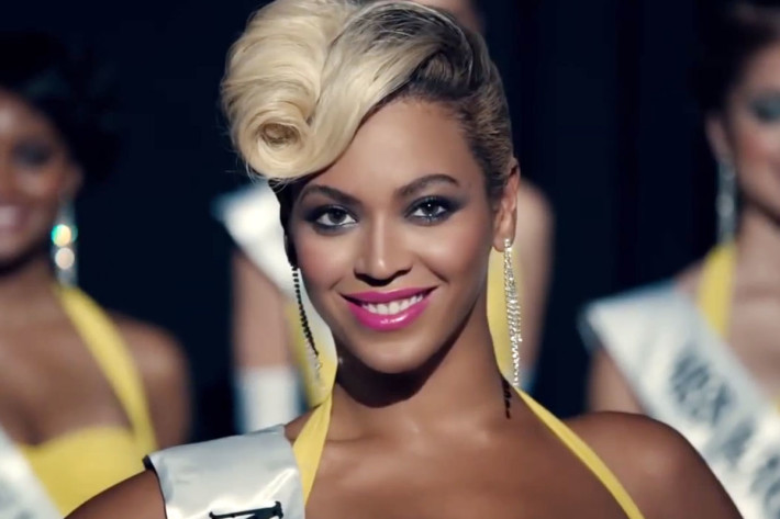 Beyonce's hairstyle