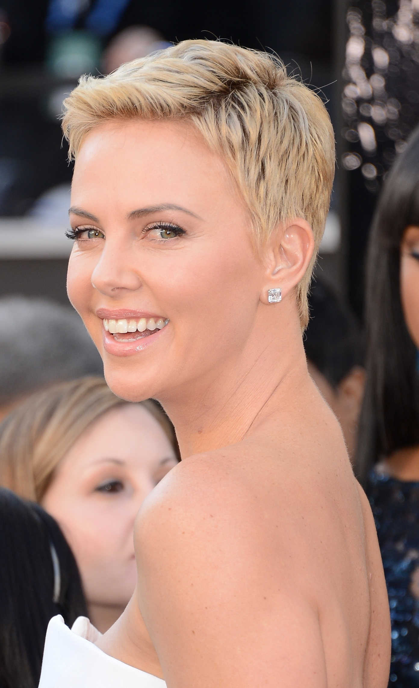 short, classic, pixie hairstyle | hairstyles | hair-photo