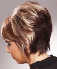 Short, bob haircut with baleyage