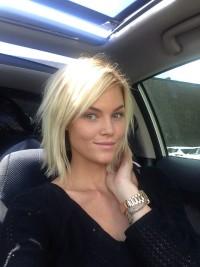 Medium-length, layered, blonde hairstyle