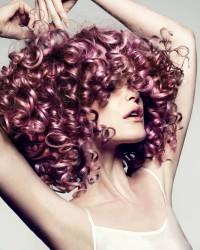 Curly hairstyle for velvet hair
