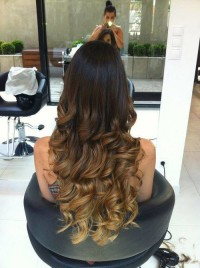 Long, curly hairstyle with perfect ombre