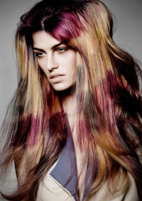 Long, colourful hairdo for blonde girls with red highlights