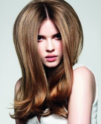 Long, blond hairstyle