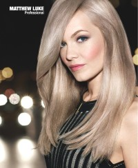 Long, blonde hairstyle