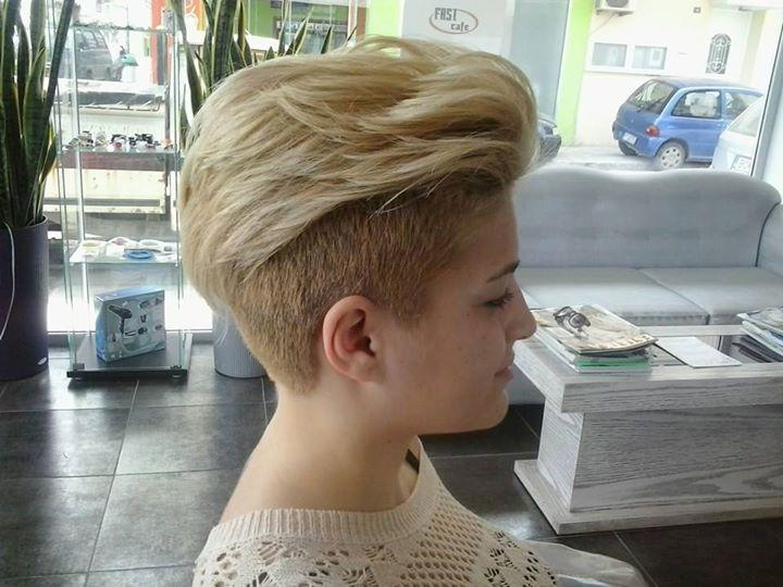 Short, classic haircut for blonde women